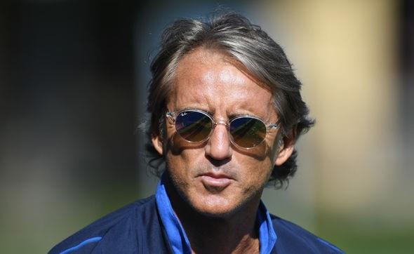 """HLV Roberto Mancini không quá lo lắng về sự """"tịt ngòi"""" của Ronaldo ở đầu mùa giải"""