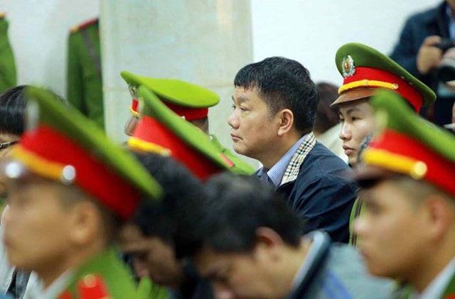 Bị cáo Đinh La Thăng tại buổi tuyên án sáng 22/1. (Ảnh: TTXVN)