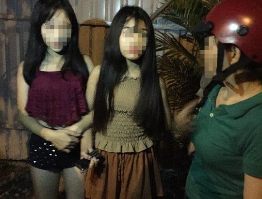 Với những chiêu thức lừa đảo tinh vi, cò lao động đã lừa được 2 thiếu nữ bán vào quán cà phê trá hình.