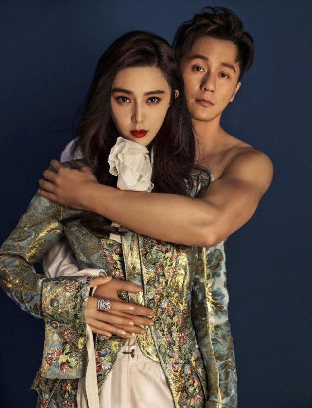 Trong bộ ảnh mang tên Hạnh phúc bên nhau, cặp đôi vàng của làng giải trí Trung Quốc, Phạm Băng Băng và Lý Thần, đã có một series ảnh ngọt ngào và hạnh phúc.