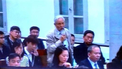 Ông Trịnh Xuân Giới được triệu tập đến toà với tư cách người có quyền lợi và nghĩa vụ liên quan