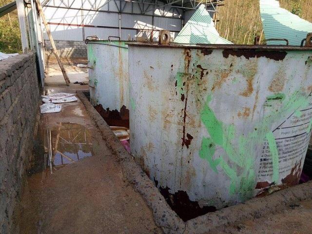 Sau cơn bão số 10 xảy ra vào cuối tháng 9/2017, tại thôn 19 tháng 5, xã Quảng Đông xuất hiện nhiều bể hoá chất trong một nhà kho