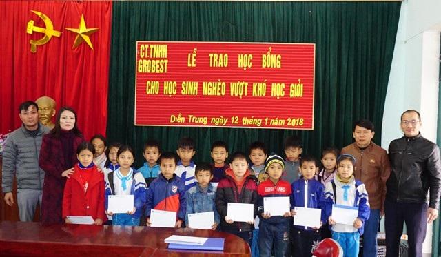 Trao học bổng Grobest Việt Nam đến học sinh nghèo Nghệ An - 5