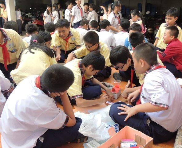 Một trong những yếu tố quan trọng của giáo dục là khơi gợi sự tin tin, tự tôn ở học trò (ảnh minh họa)