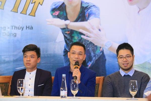 Từ phải sang: Đạo diễn Đinh Tuấn Vũ, nhà sản xuất Hoa Dương và diễn viên trẻ Trung Ruồi. (Ảnh: Minh Tâm HD)