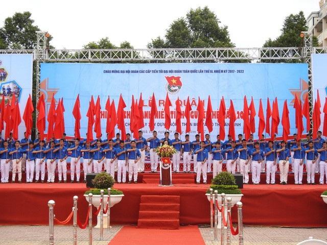 Lễ ra quân chiến dịch Thanh niên tình nguyện hè năm 2017 diễn ra sáng 28/5/2017, tại Quảng trường 10/3, TP Buôn Ma Thuột (Đắk Lắk)