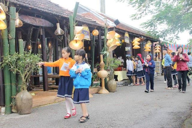Huế: Những điều không nên bỏ qua khi đến phố đi bộ Nguyễn Đình Chiểu - 1