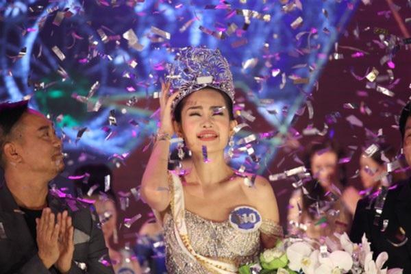 Theo ông Vinh, sau những ồn ào liên quan đến Tân Hoa hậu Đại dương, sắp tới nên có những điều chỉnh cụ thể về các tiêu chí tham dự cuộc thi nhan sắc...
