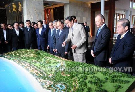 Thủ tướng làm việc tại Laguna Lăng Cô (ảnh: Cổng thông tin UBND tỉnh Thừa Thiên Huế)