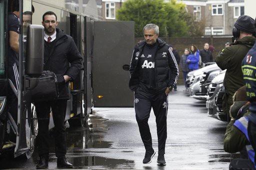 Mourinho và các học trò tới Turf More