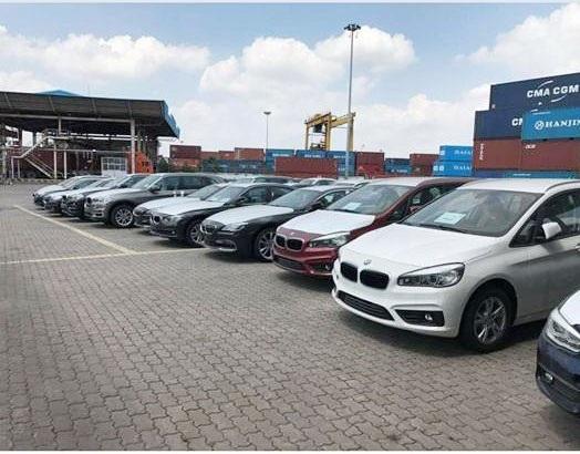 Xe BMW nhập khẩu vào Việt Nam nhưng chưa được thông quan