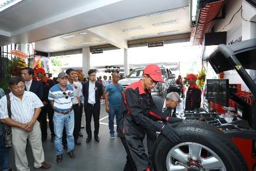 Khách hàng có thể kiểm tra và bảo trì các hạng mục khác như: cân bằng động, đảo lốp, thay lốp…. nếu cần thiết để chắc chắn xe hoạt động tốt và đảm bảo an toàn