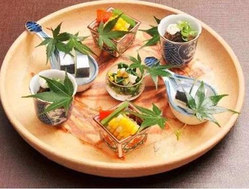 Sản phẩm lá cây ở thị trấn Kamikatsu hiện có mặt tại hầu hết các nhà hàng cao cấp ở Nhật Bản