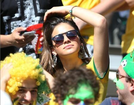 Bruna Marquezin vô cùng nổi tiếng tại quê nhà Brazil