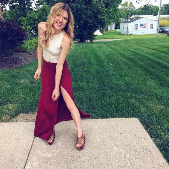 Hiện tại Hannah đã 21 tuổi và đang học chuyên ngành xã hội ở trường đại học