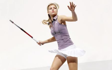 Ngay từ năm 2002, Kirilenko đã gây ấn tượng khi trở thành một trong những tay vợt trẻ nhất giành được giải Mỹ mở rộng đơn nữ. Sở hữu vẻ đẹp vừa trong sáng lại vừa thông minh, tay vợt người Nga đã khiến cho không ít cổ động viên nuối tiếc khi kết hôn với vận động viên khúc côn cầu đồng hương, Alexander Ovechkin.
