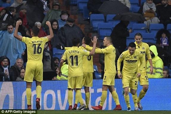Villarreal ăn mừng bàn thắng duy nhất trận đấu ở phút 87
