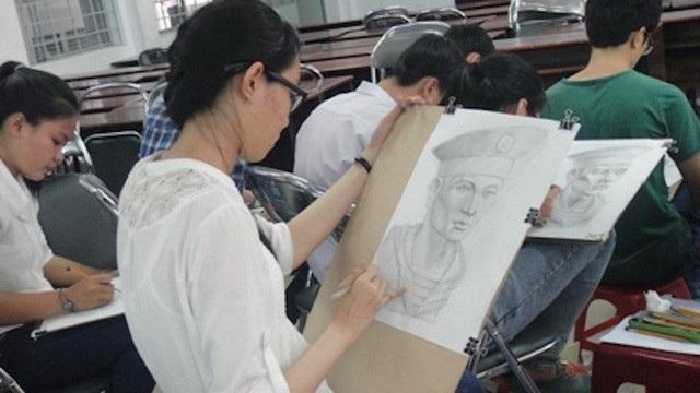 Giai đoạn giáo dục định hướng nghề: Mỹ thuật là môn học được lựa chọn theo nguyện vọng và định hướng nghề nghiệp của học sinh. (Ảnh: Minh họa)