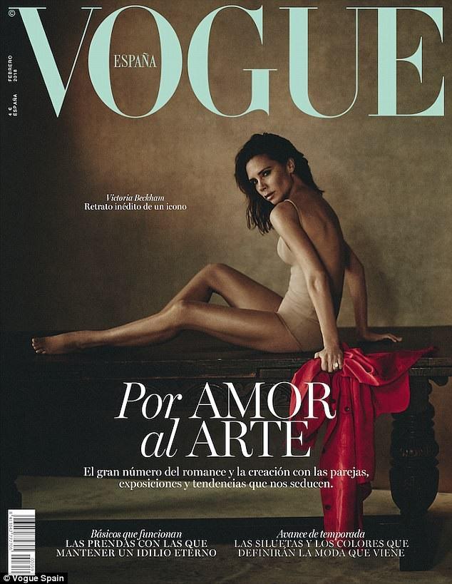 Victoria Beckham tạo dáng quyến rũ trên bìa tạp chí Vogue, số tháng 2/2018.