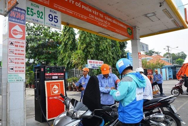 Việt Nam là nước thứ 60 có sử dụng Ethanol là một thành phần trong xăng (ít nhất là 5%)
