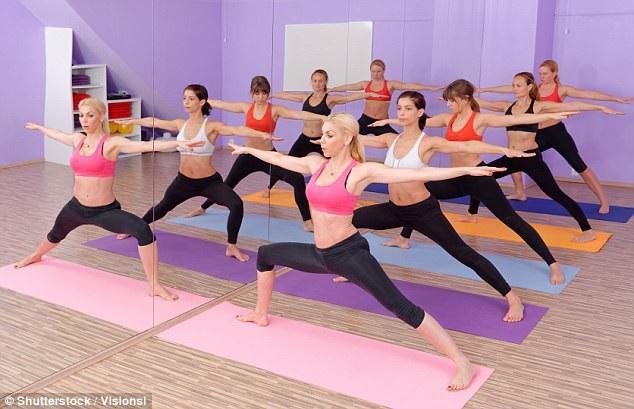 Yoga nóng (bikram yoga) không tốt cho sức khoẻ hơn yoga ở nhiệt độ phòng