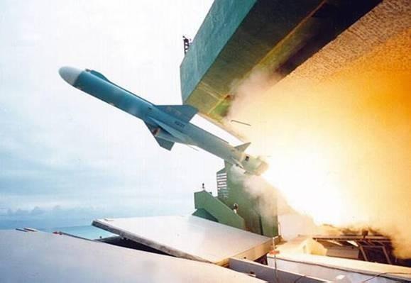 Lãnh đạo Đài Loan lệnh chế tạo hàng loạt tên lửa giữa lúc căng thẳng