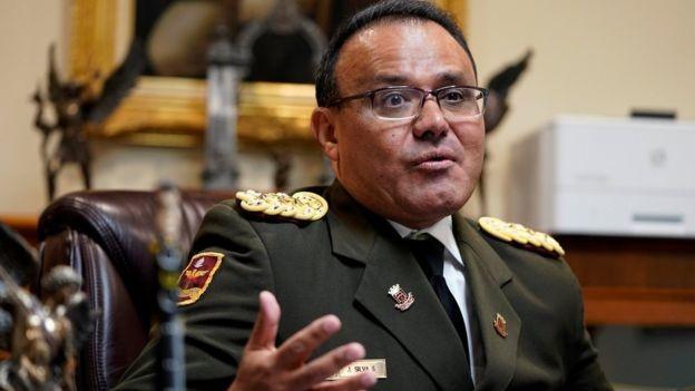 """Quan chức quân sự Venezuela tại Mỹ đào tẩu, ủng hộ """"tổng thống tự phong"""""""