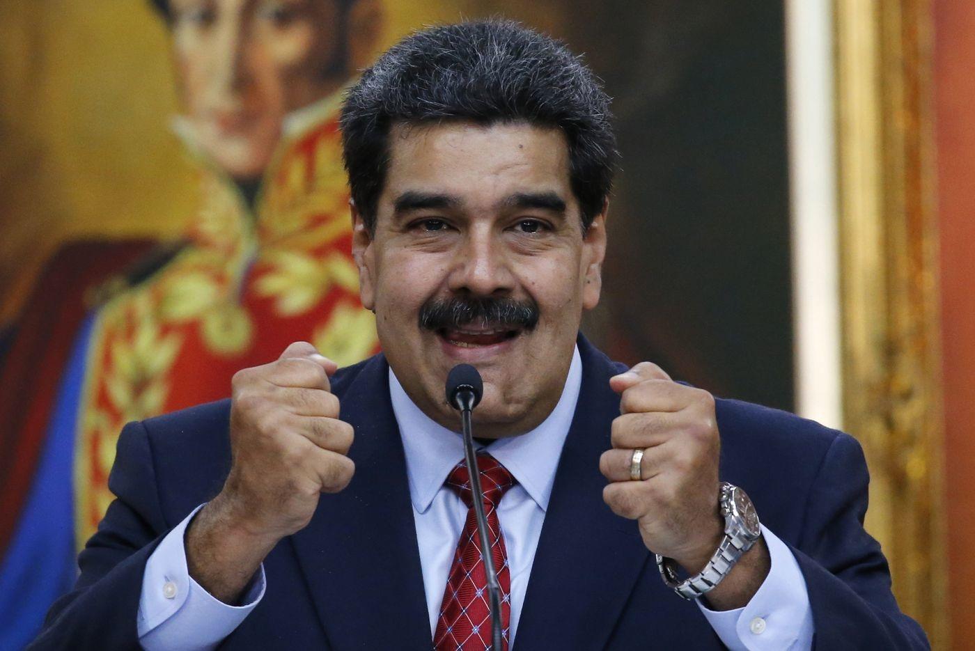 Đại tá Venezuela quay lưng với tổng thống
