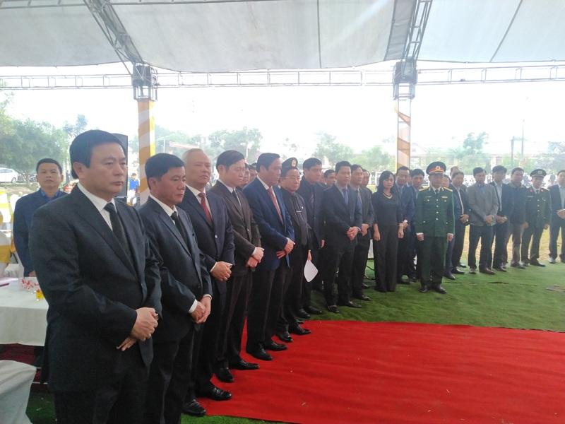 Lễ viếng, an táng ông Nguyễn Đức Bình tại quê nhà Hà Tĩnh