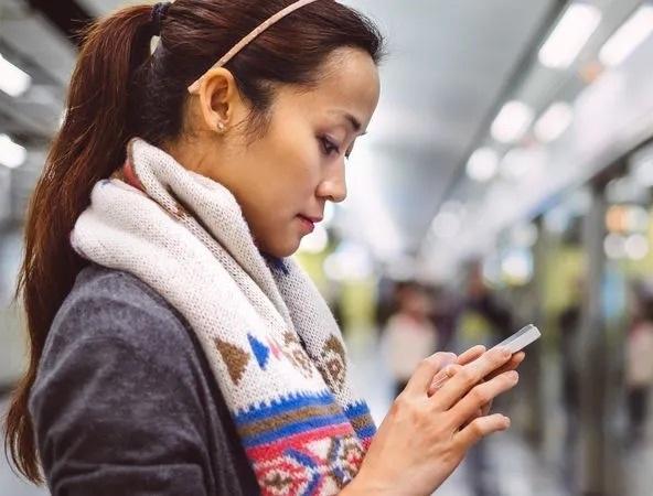 """Điện thoại Trung Quốc đang lặng lẽ """"nuốt gọn"""" cả châu Âu"""