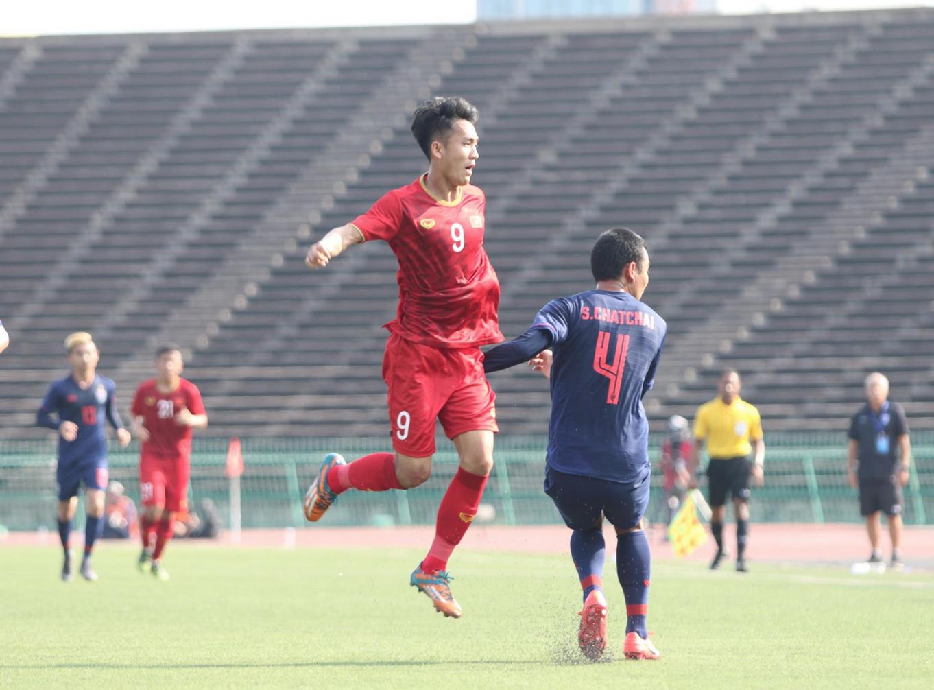 Hoà Thái Lan, HLV U22 Việt Nam lo nhất điều gì trước vòng bán kết?