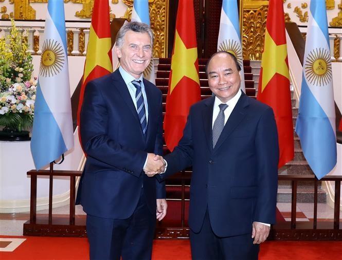 Thủ tướng Nguyễn Xuân Phúc hội kiến với Tổng thống Argentina