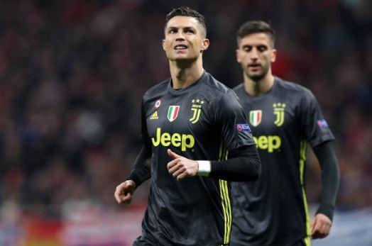 """Sự phụ thuộc với C.Ronaldo đã """"làm hại"""" Juventus?"""