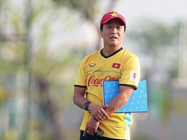 Trợ lý Lee Young Jin chính thức dẫn dắt đội U22 Việt Nam dự SEA Games