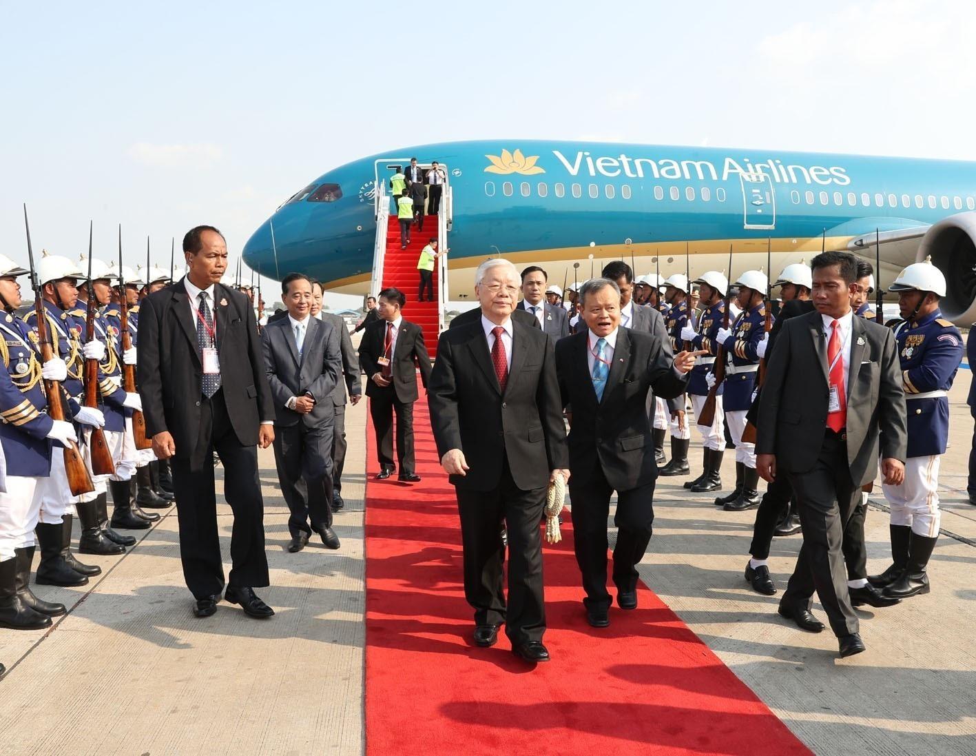 Tổng Bí thư, Chủ tịch nước Nguyễn Phú Trọng bắt đầu chuyến thăm Campuchia