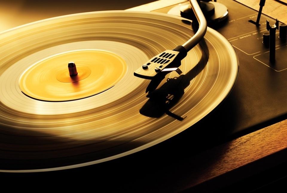 Trào lưu nghe đĩa nhạc CD và đĩa than vẫn thu hút giới audiophile