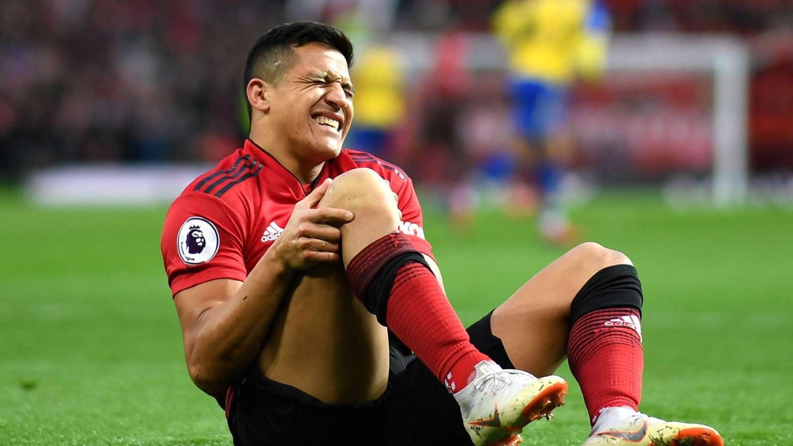 Dính chấn thương nặng, Alexis Sanchez nghỉ thi đấu hết mùa