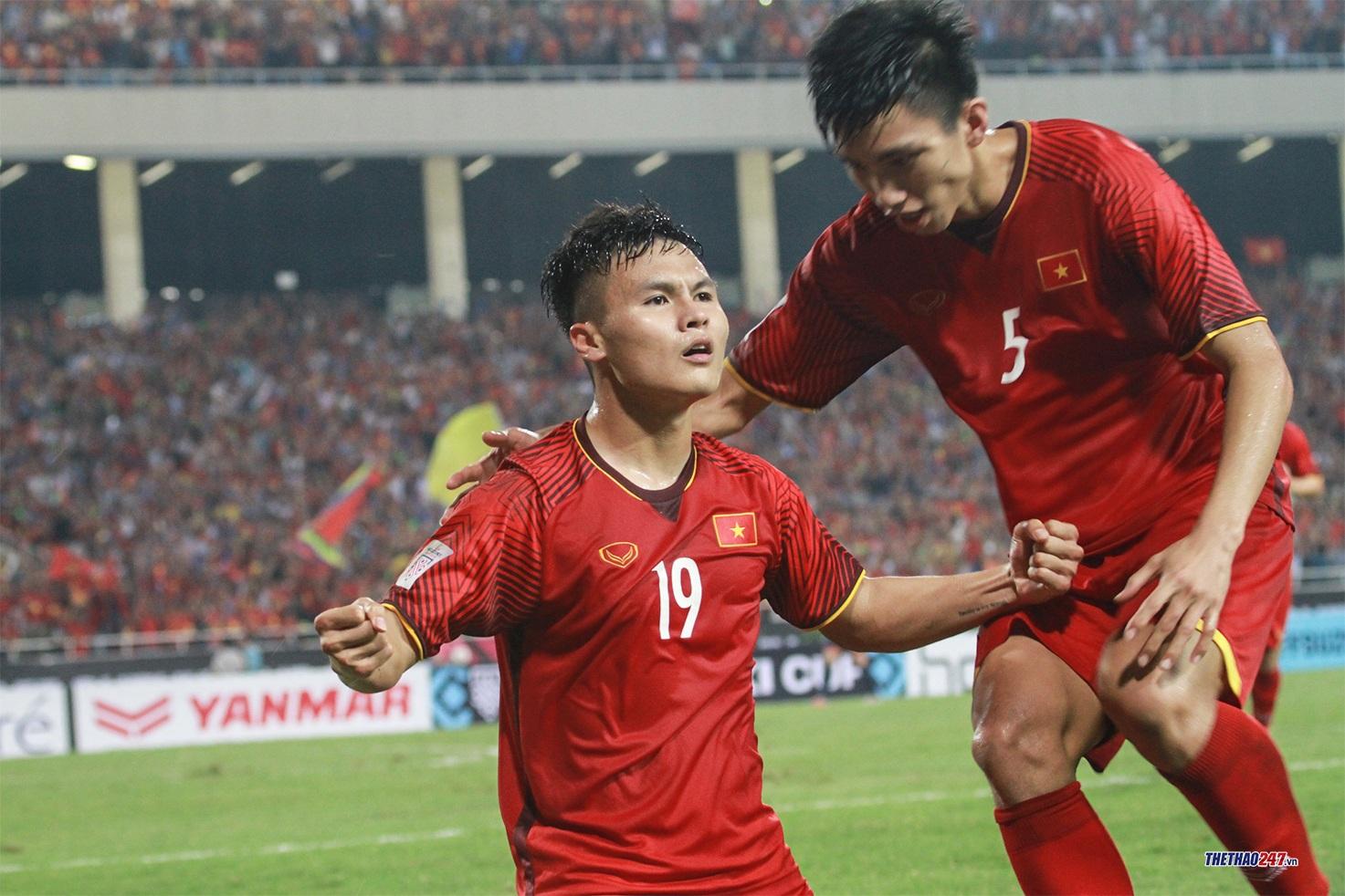 Quang Hải, Tiến Dũng, Văn Hậu và Đức Chinh giành danh hiệu fair-play 2018