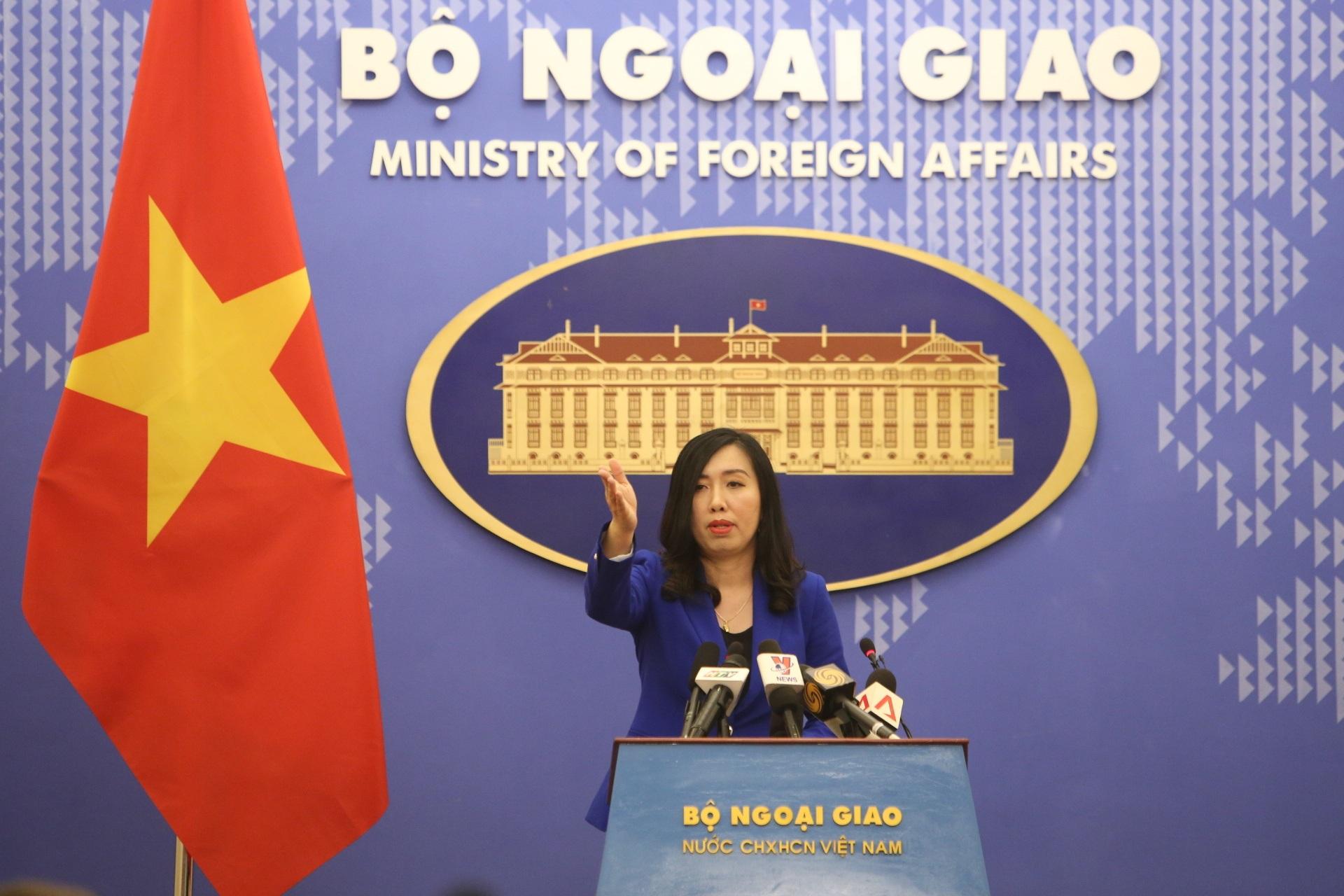 Việt Nam phản đối Đài Loan diễn tập bắn đạn thật tại Trường Sa