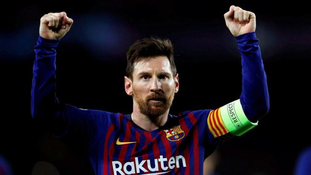 Messi bất ngờ lên tiếng ca ngợi C.Ronaldo