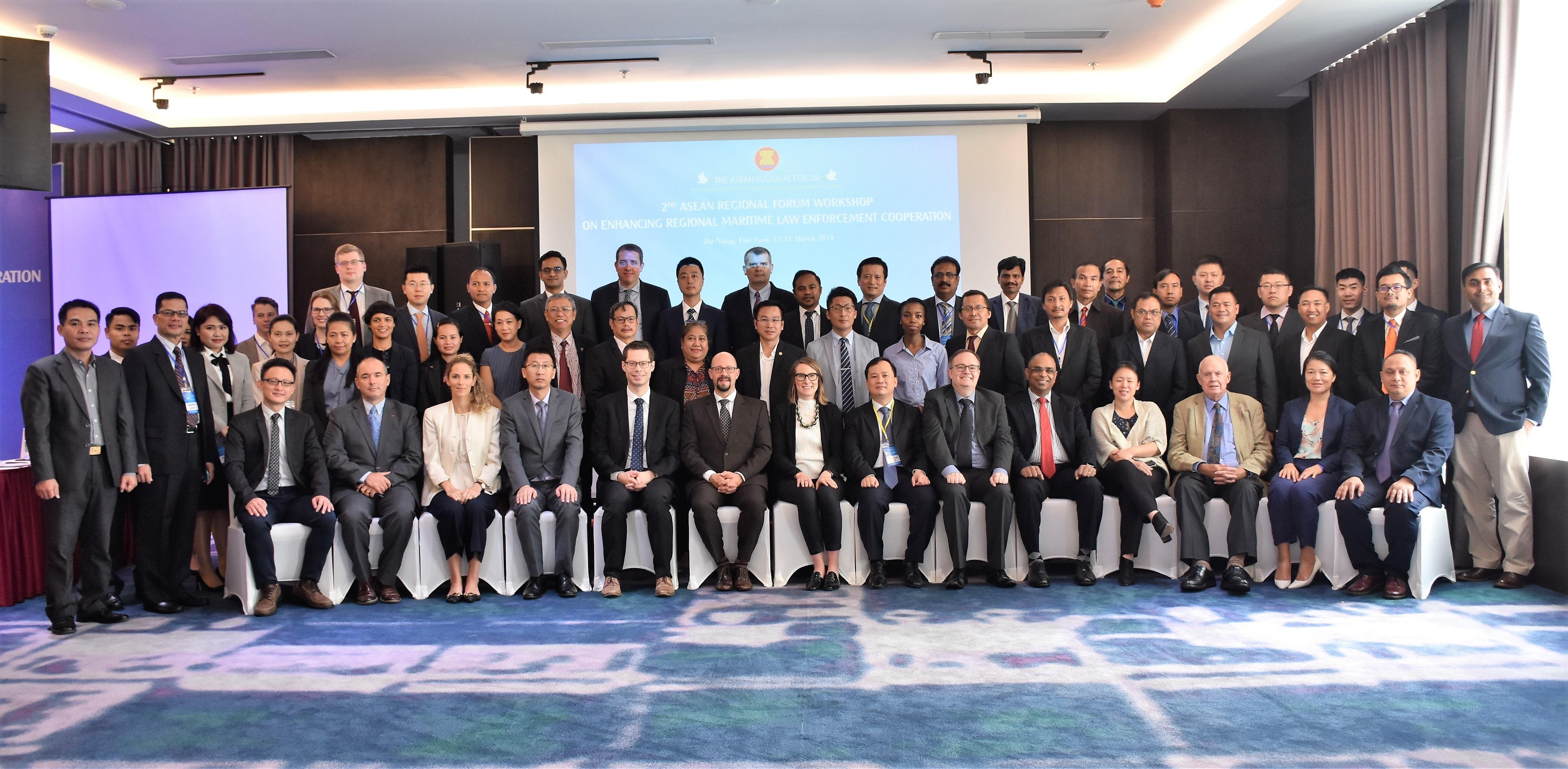 Việt Nam và các nước tìm giải pháp an ninh, thực thi pháp luật trên biển