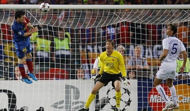 Messi là hung thần của MU và các CLB Anh