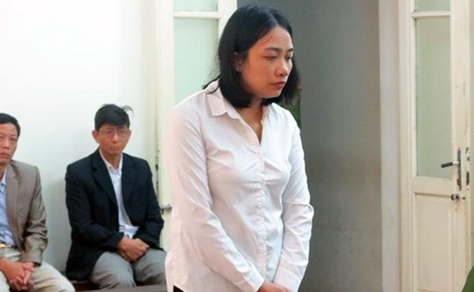 """Hà Nội: Kế toán trưởng Chi cục Thi hành án ngồi tù vì """"chạy"""" công chức"""