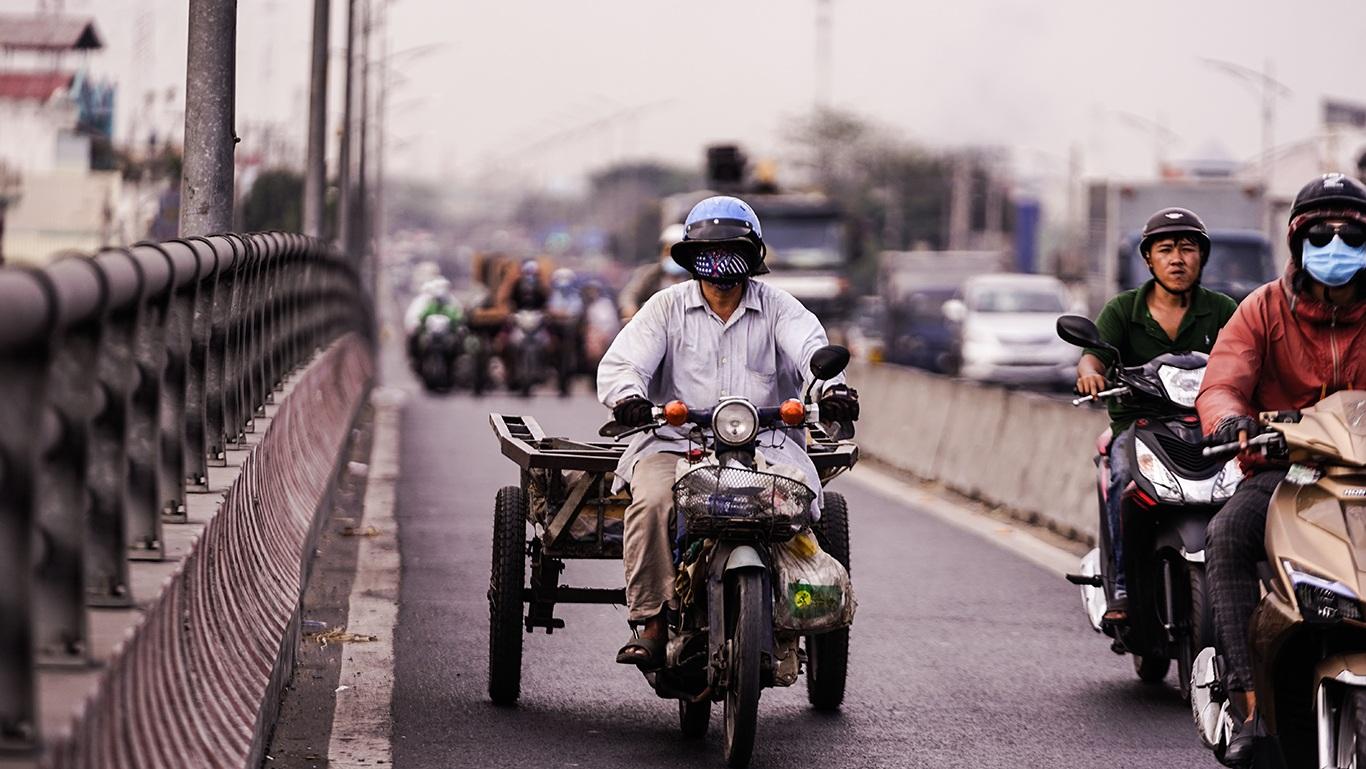 Người Sài Gòn hóa Ninja trong những ngày nắng nóng kinh hoàng - 3
