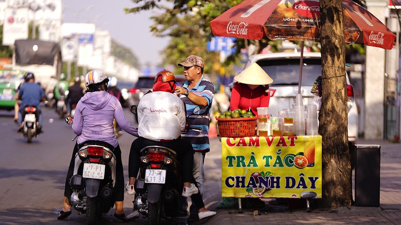 Người Sài Gòn hóa Ninja trong những ngày nắng nóng kinh hoàng - 11