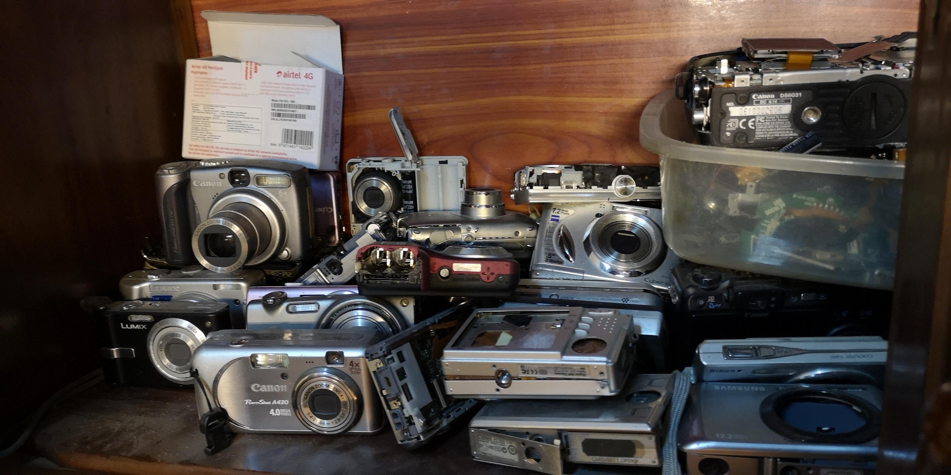 Nghệ nhân 4 đời sửa máy ảnh ở Hà Nội trải lòng về nghề xoay vặn - 5