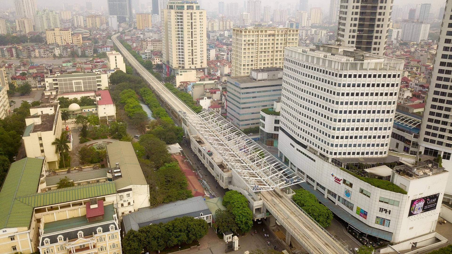 Metro Nhổn - ga Hà Nội thành hình đường trên cao xuyên qua phố phường Thủ đô - 4
