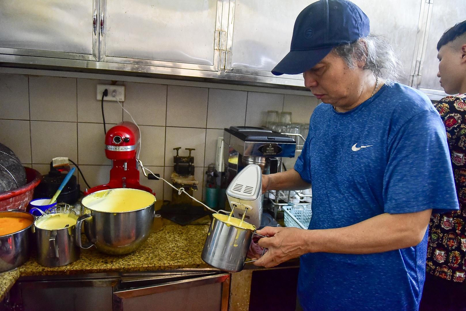 Món lạ Hà thành: Độc đáo món bia trứng khiến thực khách thích mê - 5