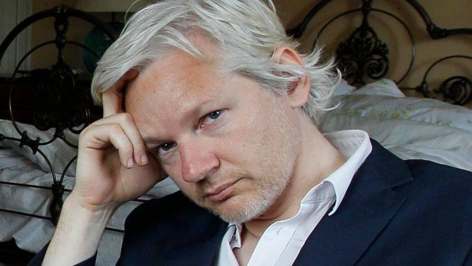 Ông chủ WikiLeaks bị bắt sau 7 năm lẩn trốn
