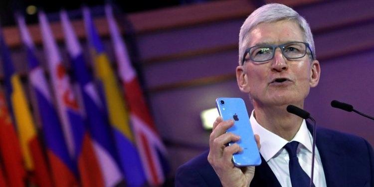 """Tim Cook chia sẻ thói quen để giúp không bị """"nghiện"""" iPhone - 2"""